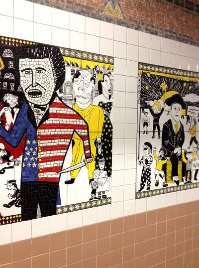 de murals in metrostation Christopher Street, NY