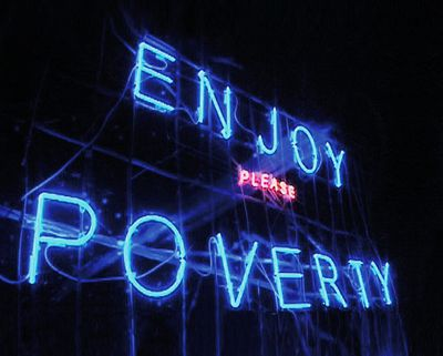 beeld uit Enjoy Poverty, 2008