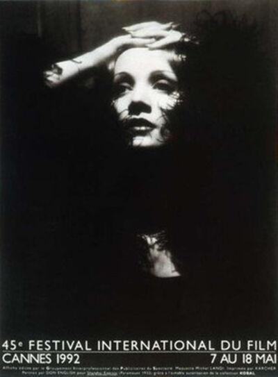 Op de dag van haar dood hing heel Cannes vol met affiches van Marlène Dietrich.