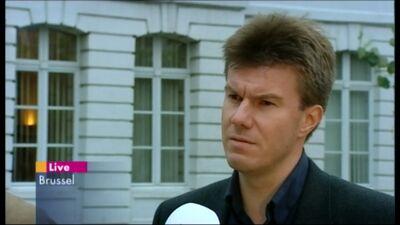 Sven Gatz stapt over naar de liberalen (1 juli 2002)