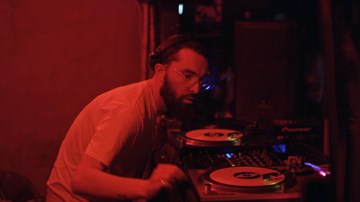 LeFtO in Cakeshop, een nachtclub in Seoul.