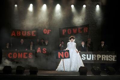 Milla Jovovich, Paris, 2012