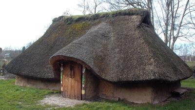 Een Menapisch huis (reconstructie Destelbergen)