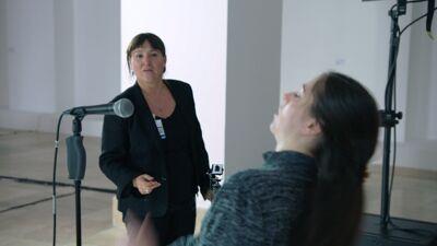 Ann Van den Broek tijdens een repetitie