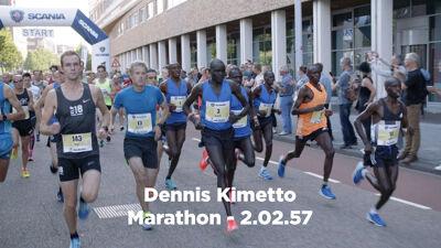 Op de foto: Marathon: Maarten en wereldrecordhouder Dennis Kimetto