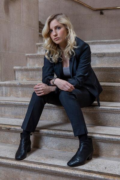 Faye Marsay als DS Katherine Stevens