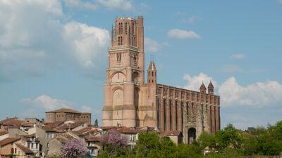 De kathedraal van Albi - letterlijk en figuurlijk - een fort gebouwd tegen de kathaarse ketterij