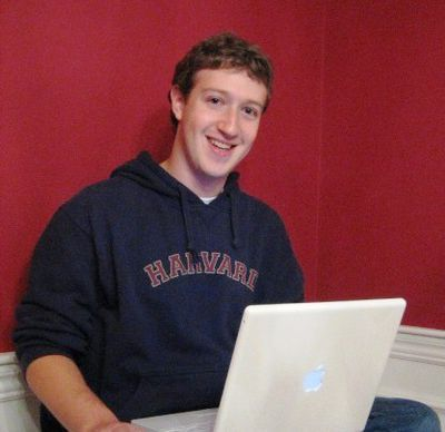 Mark Zuckerberg in zijn studentenkamer op Harvard