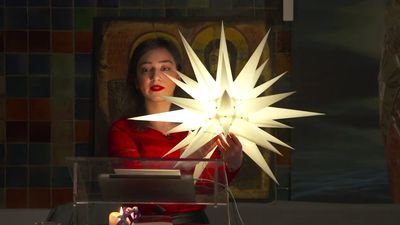 Hayarpi Tamrazyan tijdens de kerstviering