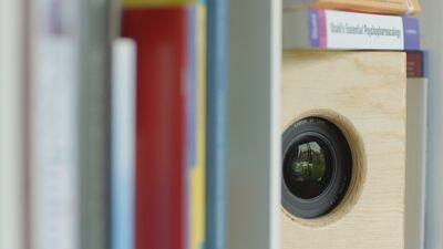 Onbemande camera's brengen de sessies in beeld.