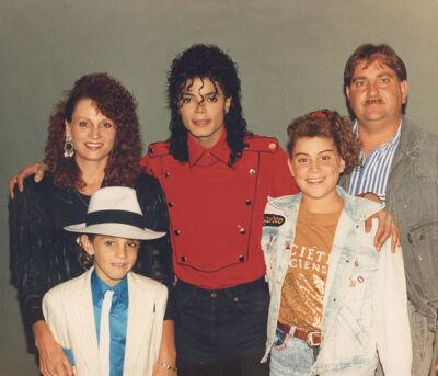 Michael Jackson en de familie Robson.