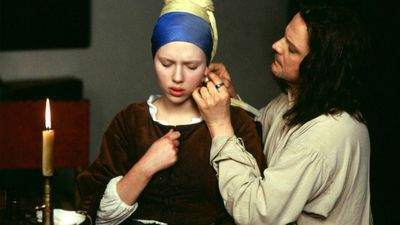 Filmbeeld met Scarlett Johansson en Colin Firth