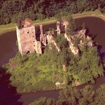 Ruïne van het kasteel (voor de restauratie)