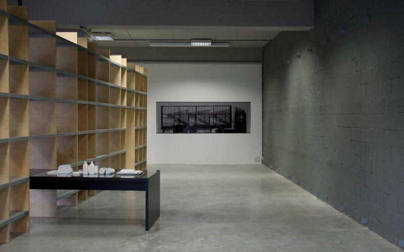 O Superman I, 2013 - installatiezicht, IKOB, Eupen
