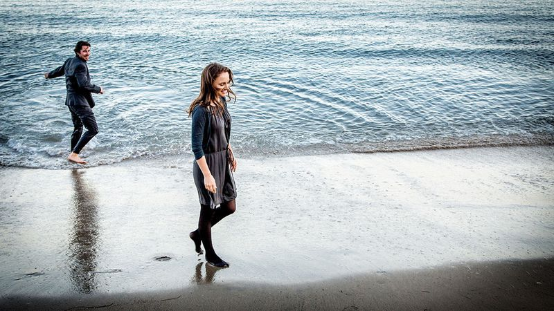 Christian Bale en Natalie Portman in Knight of Cups