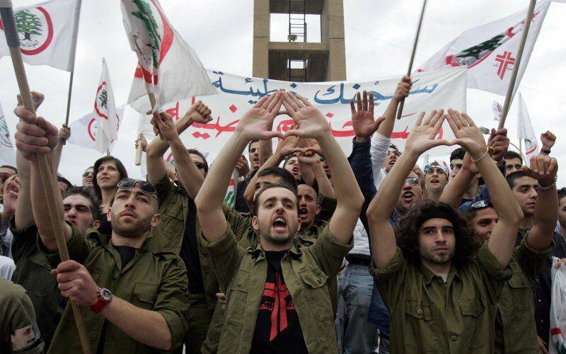 Libanese christenen vormen hun eigen milities om dorpen te verdedigen tegen I.S.