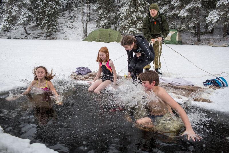 Secrets of the Human Body, aflevering 2: Kinderen in Noorwegen springen in een ijskoud meer