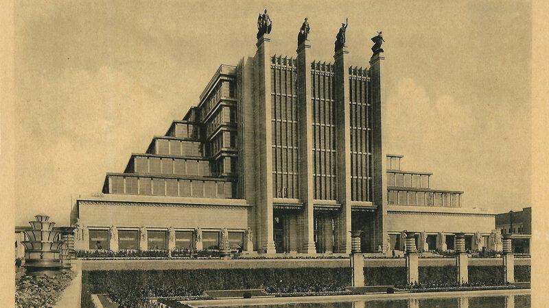 Het Eeuwfeestpaleis van 1935