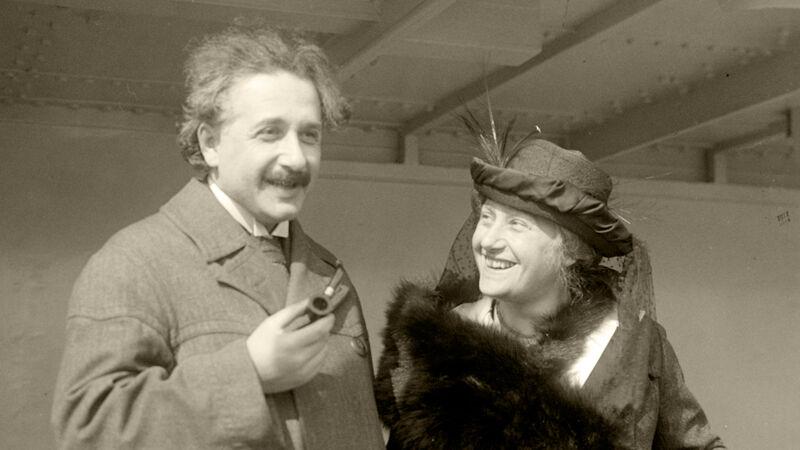 Albert Einstein en zijn vrouw Elsa