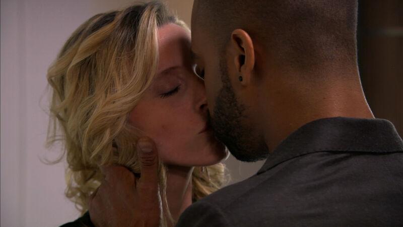 Tamara en Dries kussen