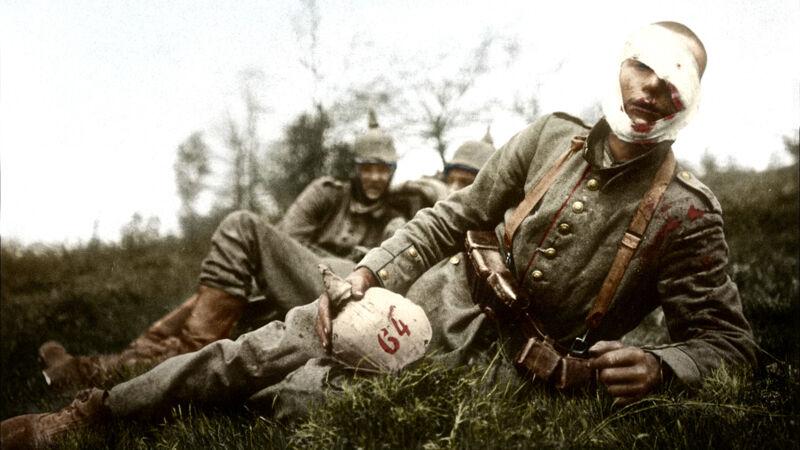Ingekleurd archiefbeeld uit 'Apocalyps, de Eerste Wereldoorlog'