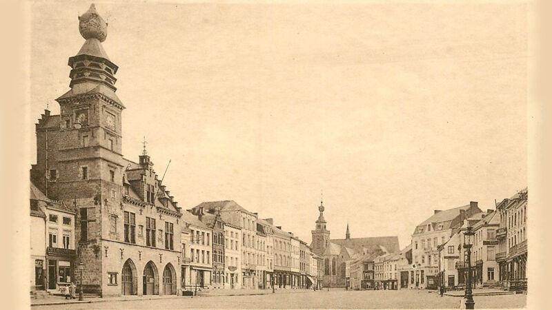 Oude foto van de Grand-Place van Binche