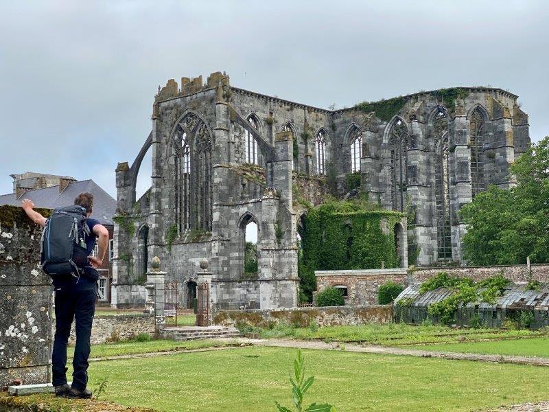 De ruïnes van de abdij van Aulne