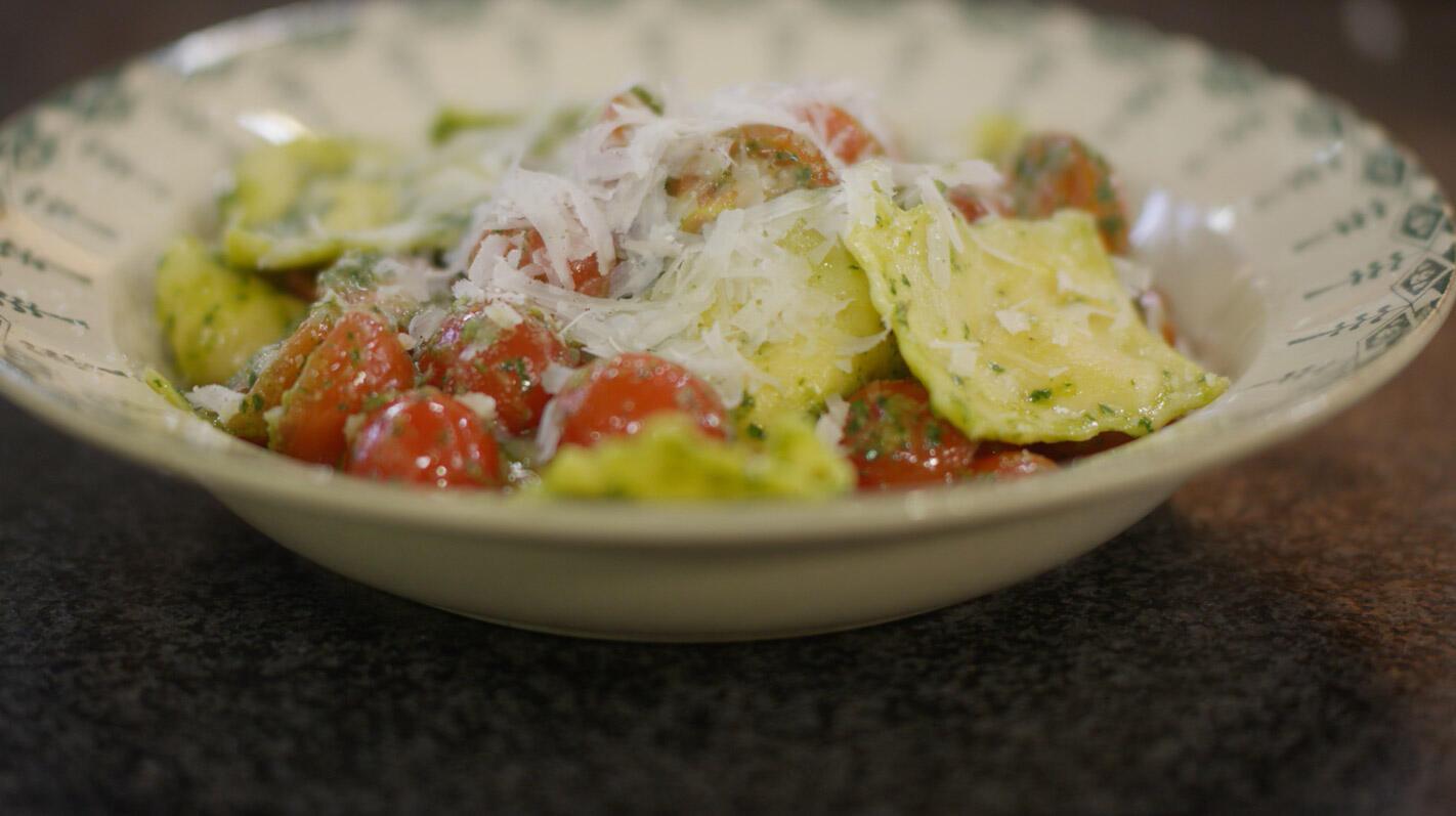 Ravioli met Parmezaanse kaas en salsa verde
