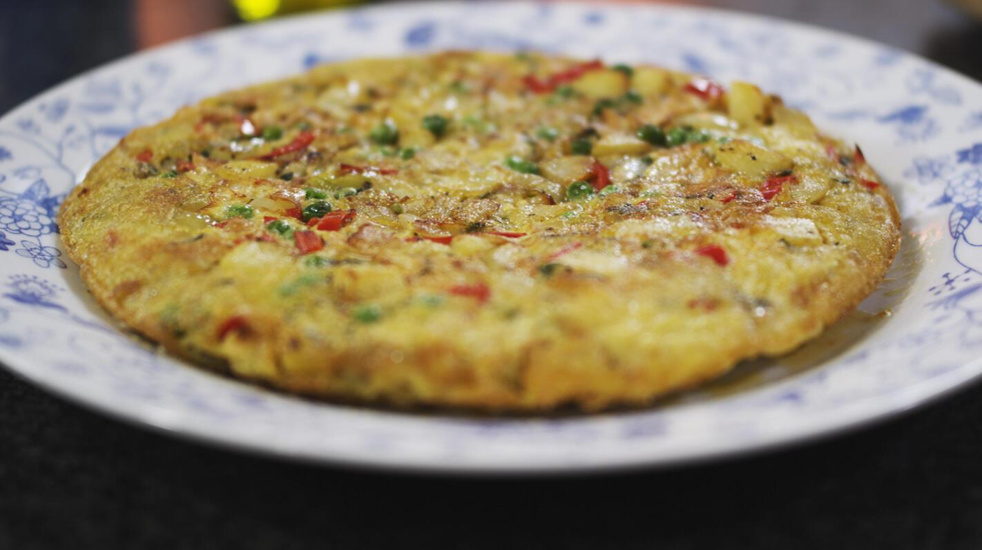 Aardappeltortilla met ui en paprika