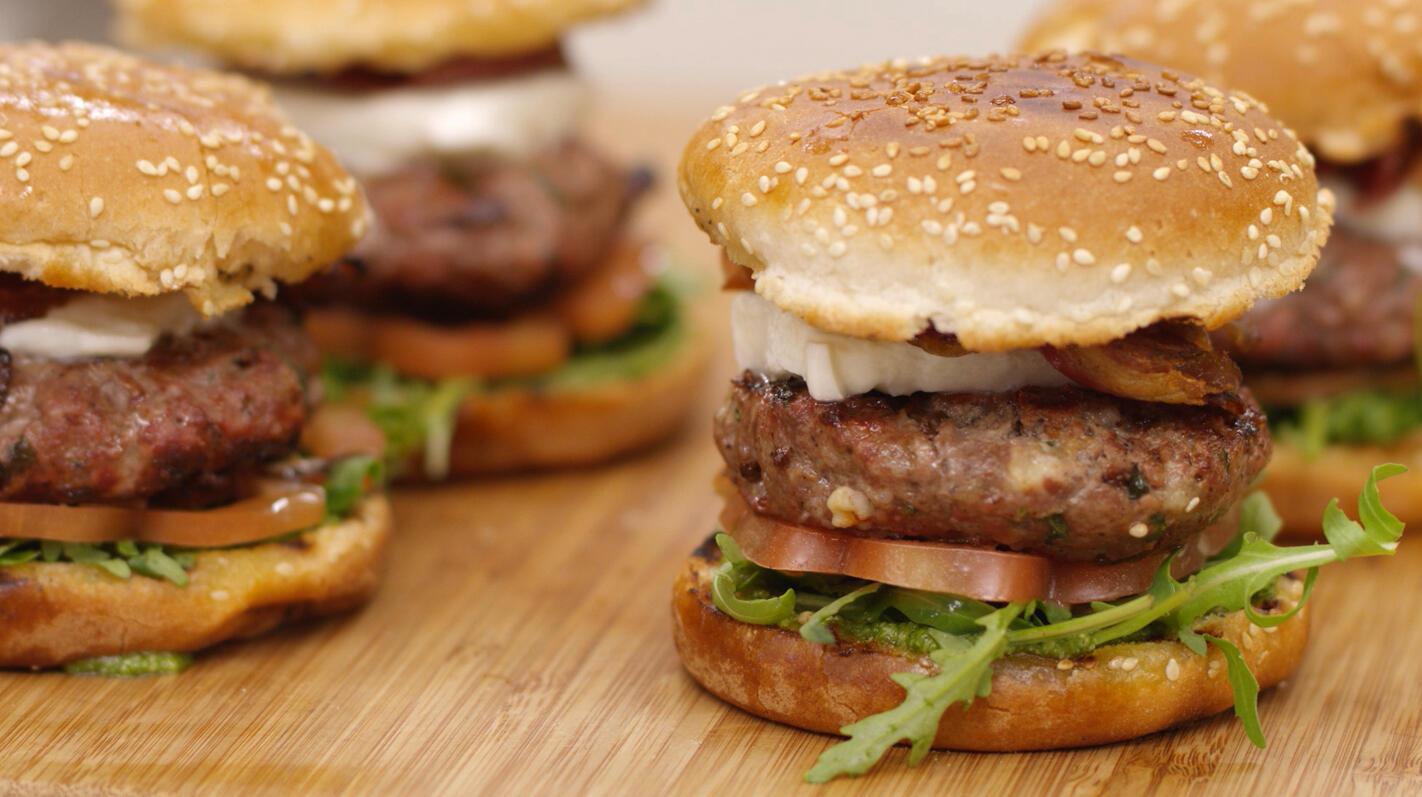 Hamburgers Caprese