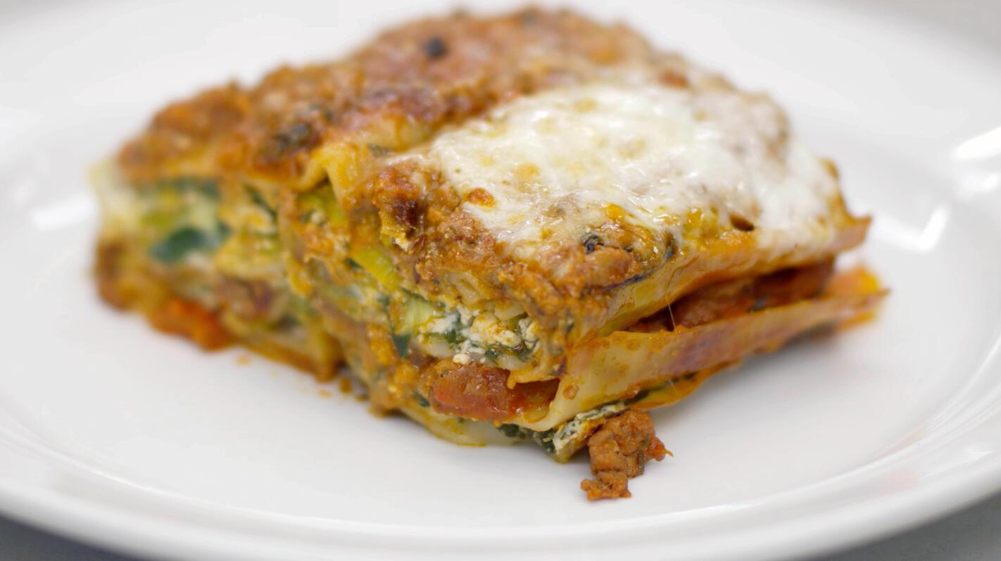 Lasagne met lamsgehakt, prei, spinazie en ricotta