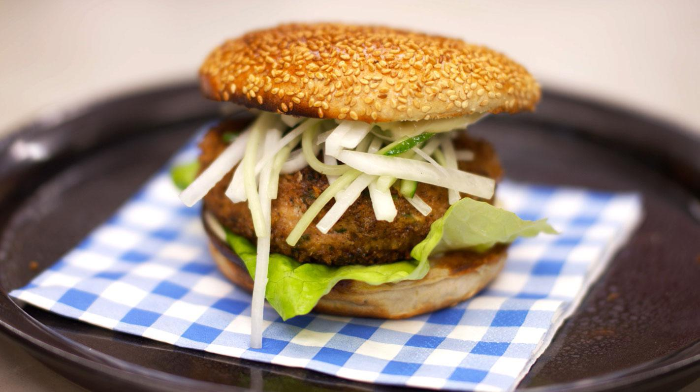 Chickenburger met gember en wasabimayonaise