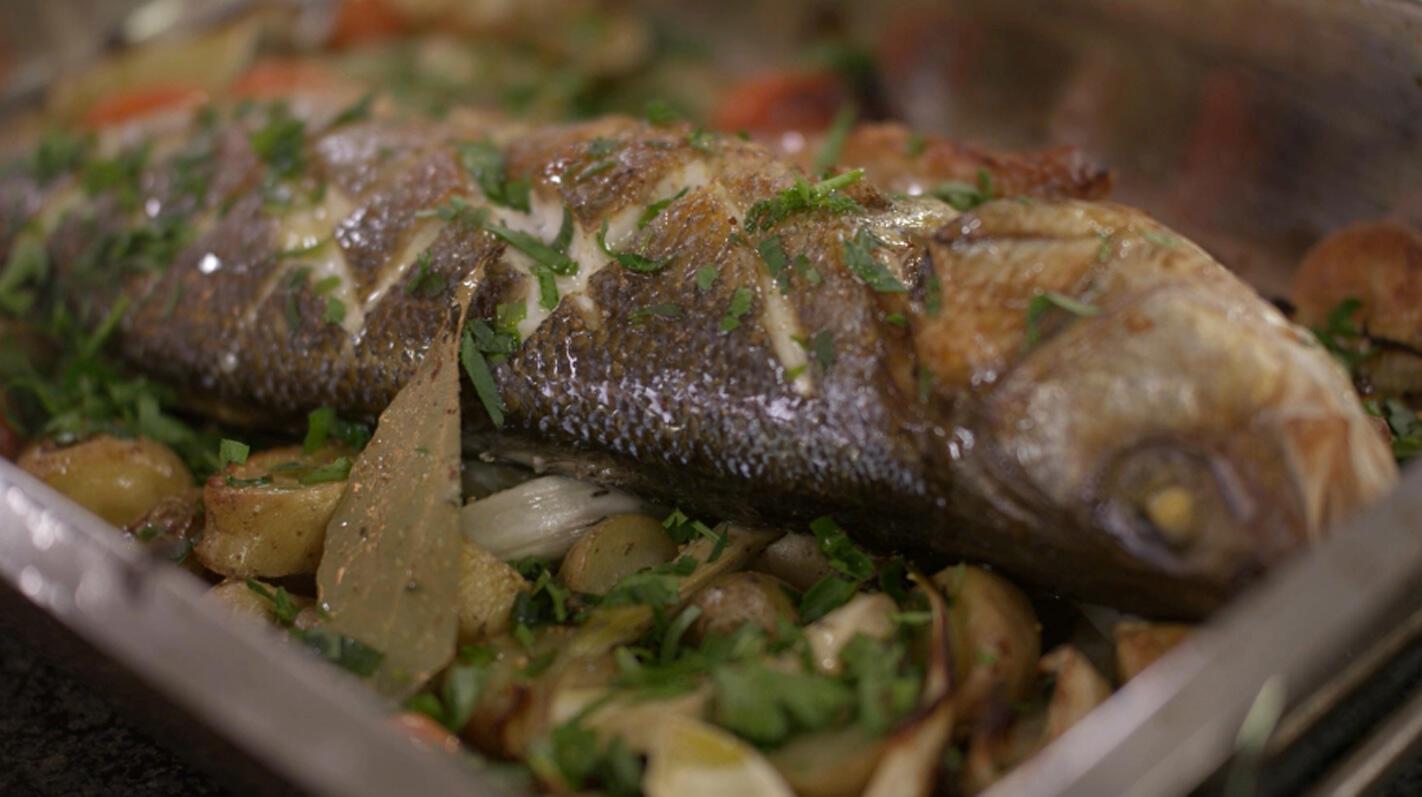 Zeebaars met ratte-aardappelen, venkel en kerstomaten