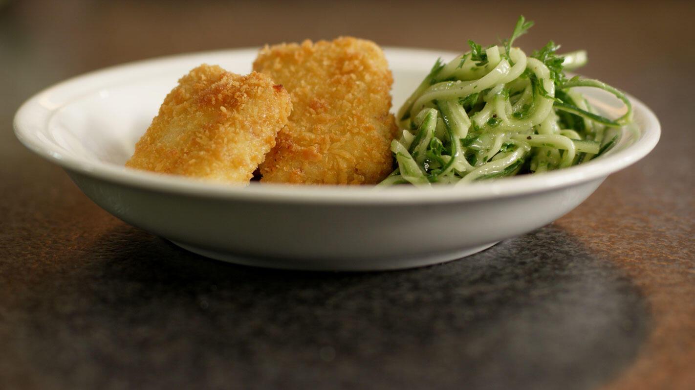 Geitenkaaskroketten met komkommersalade