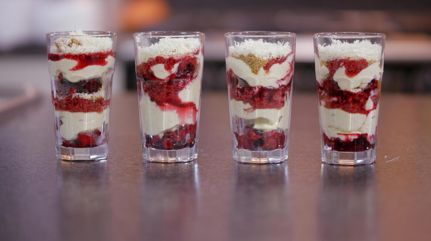 trifle van rood fruit