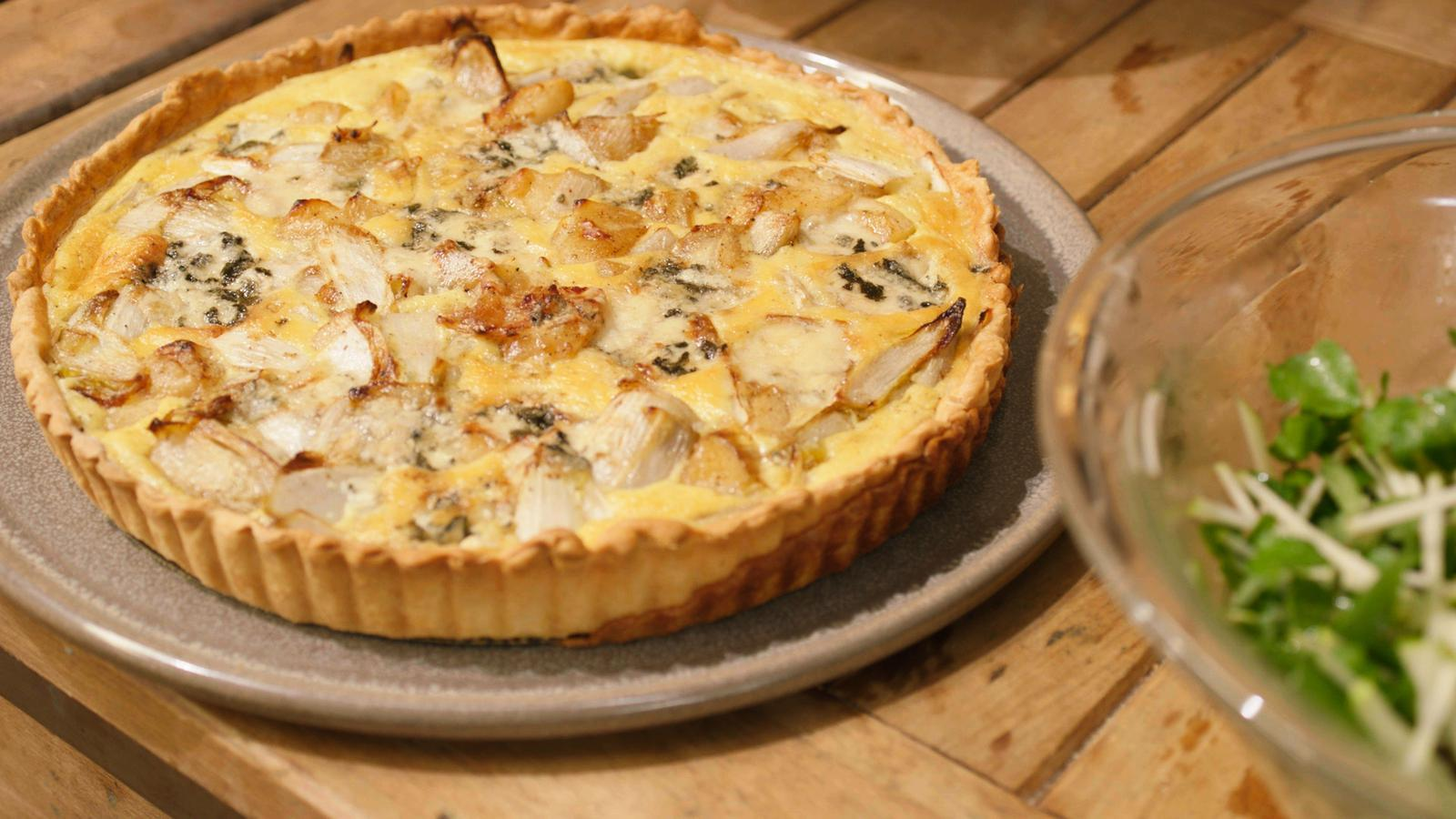 Quiche met roquefort, appel en witloof