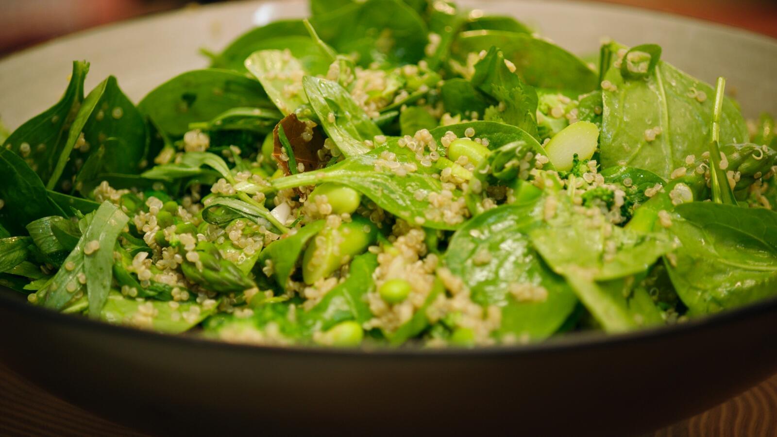 Groene salade met sojaboontjes