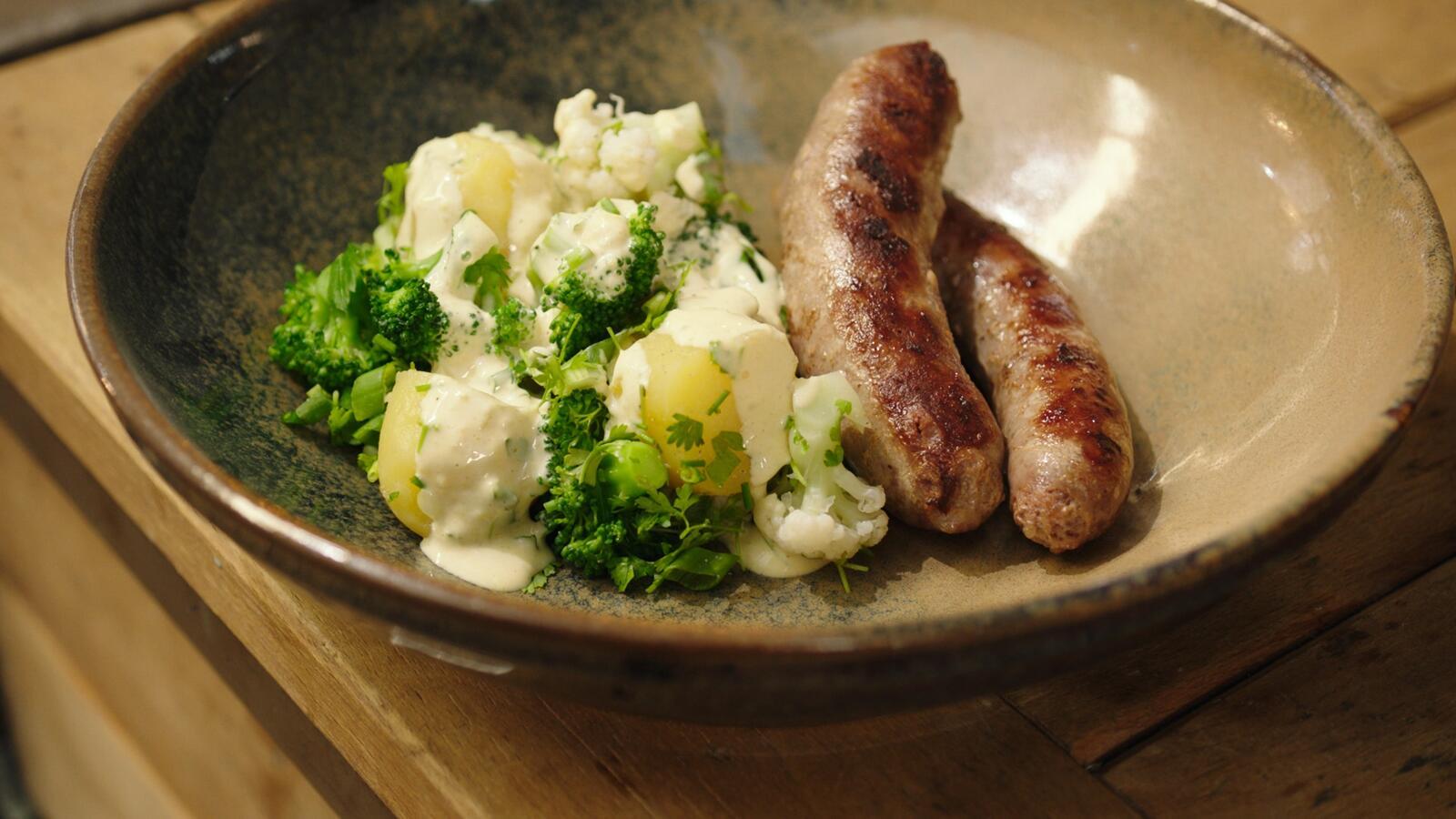 Braadworst met koude aardappelsalade
