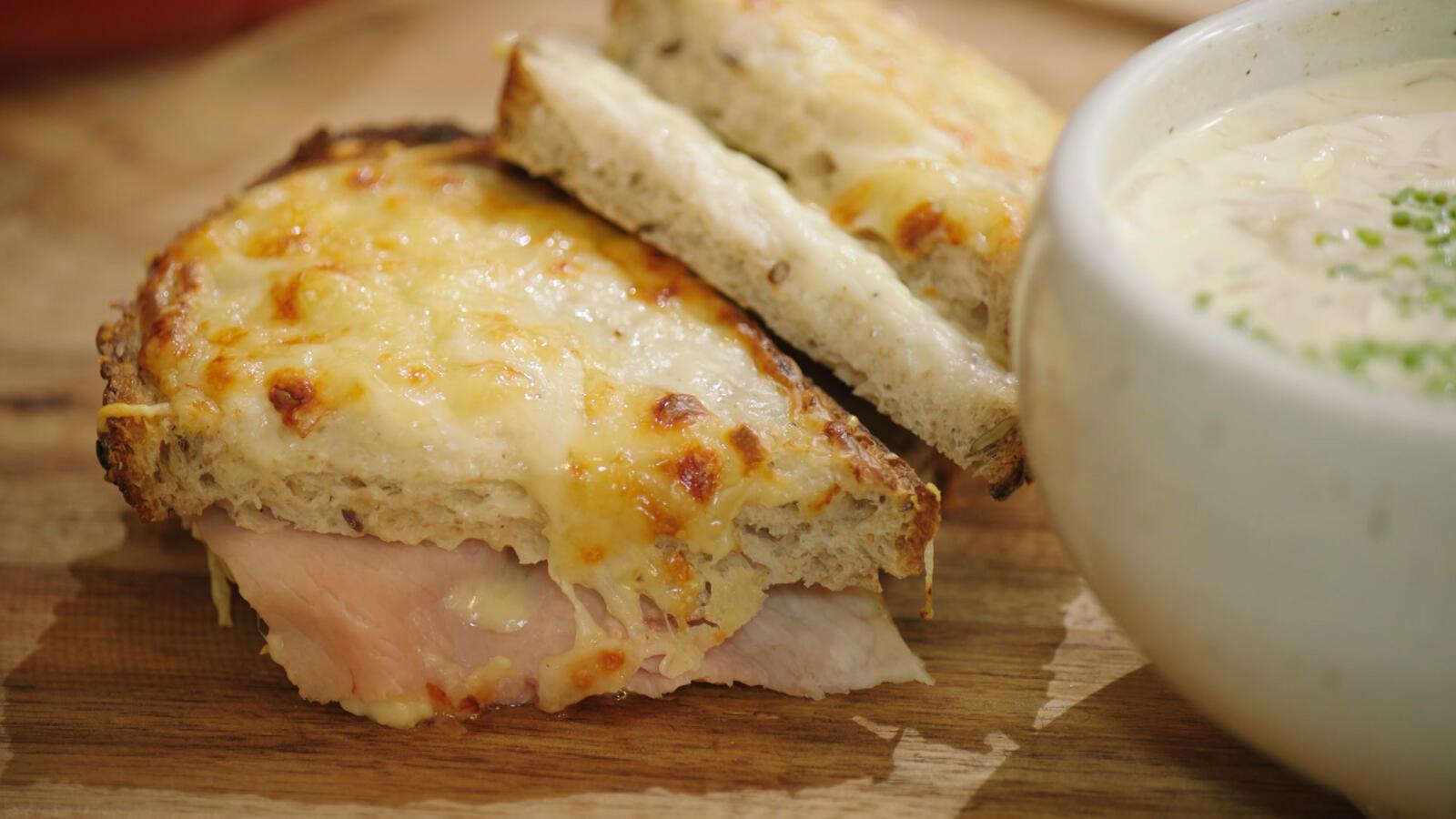 Witloofsoep met ham en kaas