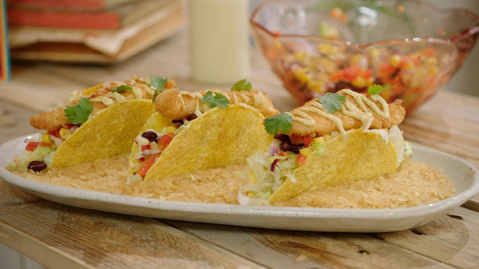 Taco met goujonettes van schartong, avocadomayonaise en Mexicaanse sla