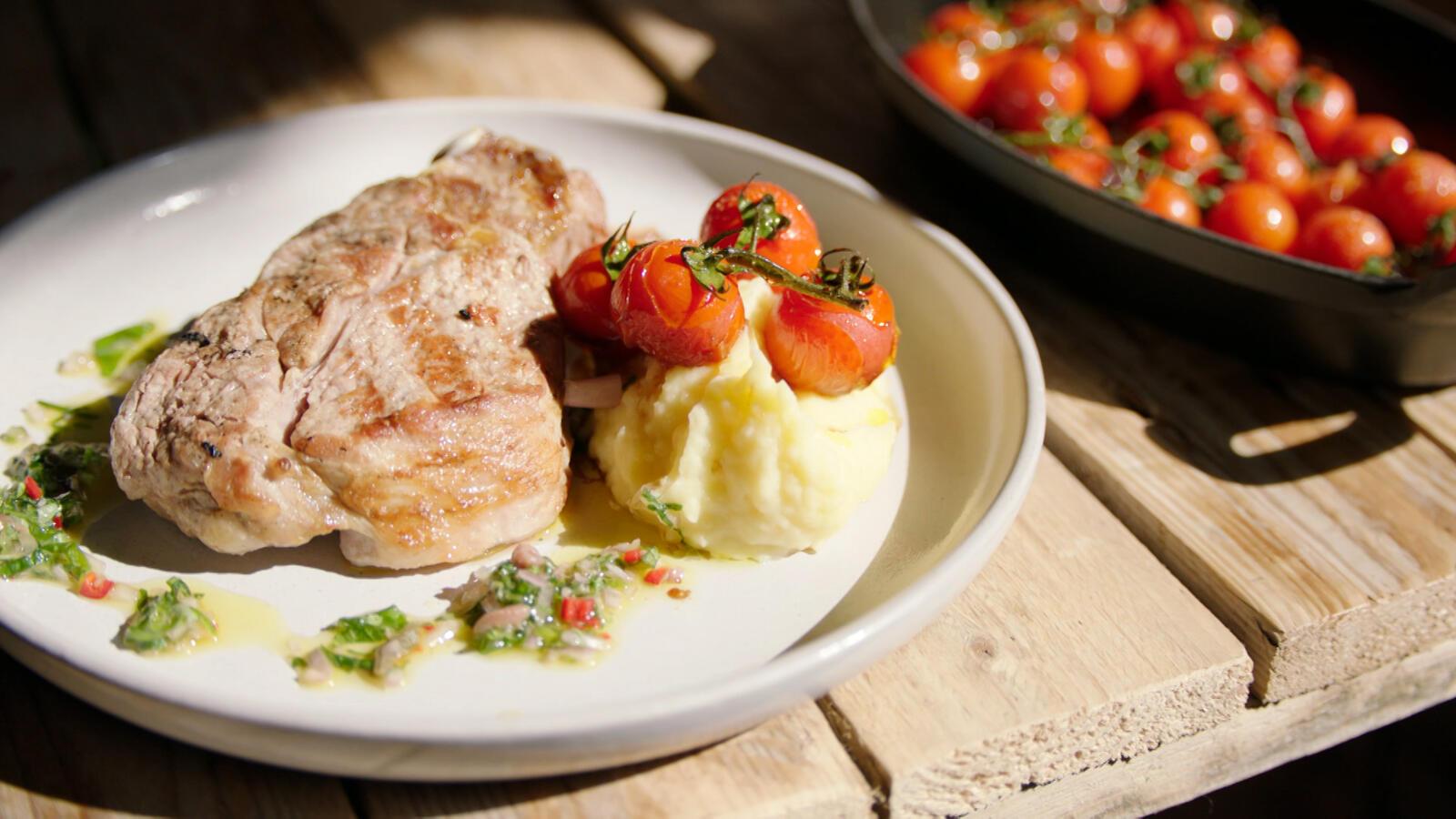 Kalfskroon met gepofte tomaten en puree