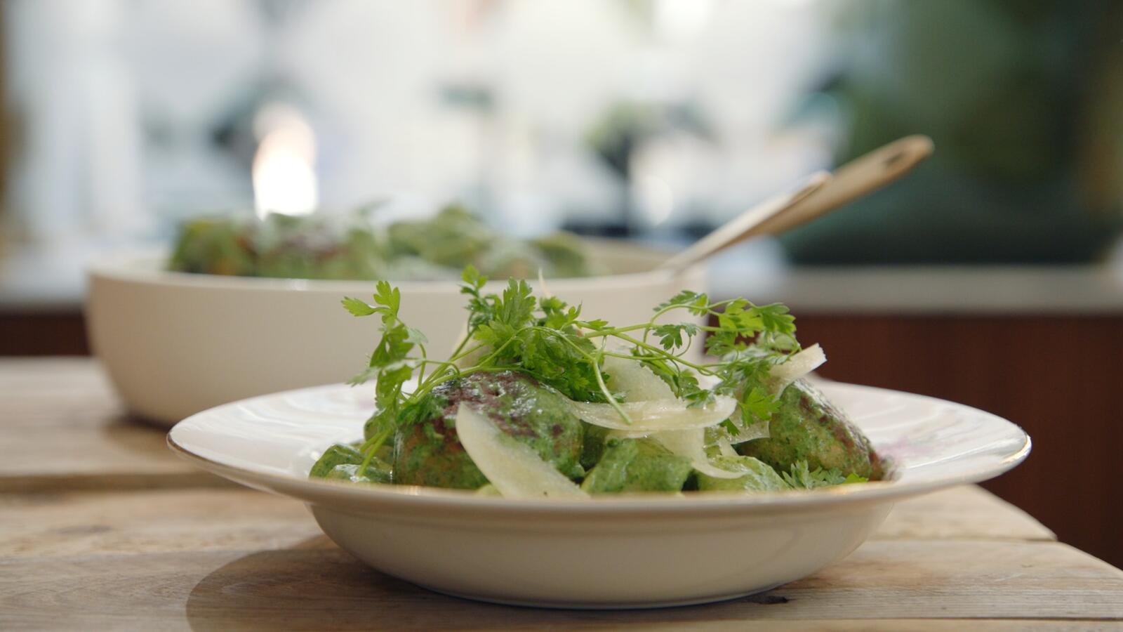 Kippengehaktballen met spinazie en tagliatelle