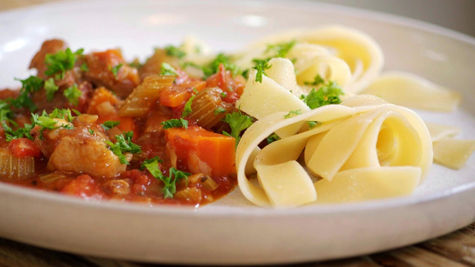 Spiering met paprika en pasta