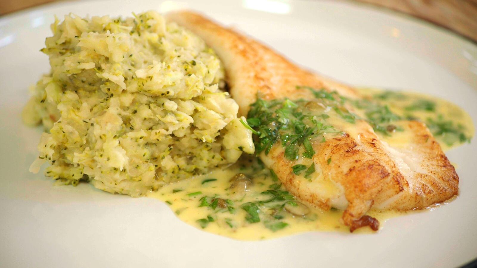 Pladijs met broccolistoemp en beurre blanc met kappertjes