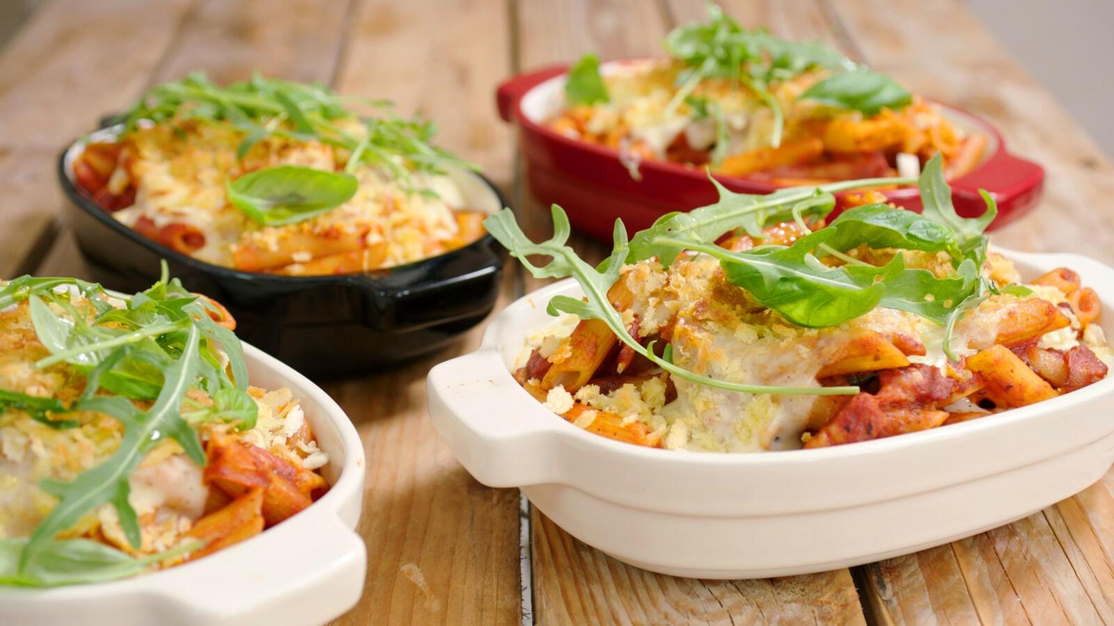Ovenschotel met spinazie, champignons en spek