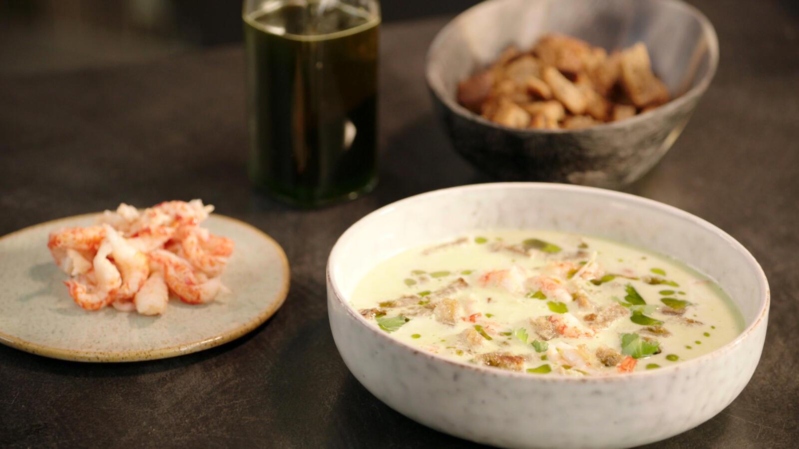 Thaise gazpacho met rivierkreeftjes en lookcroutons