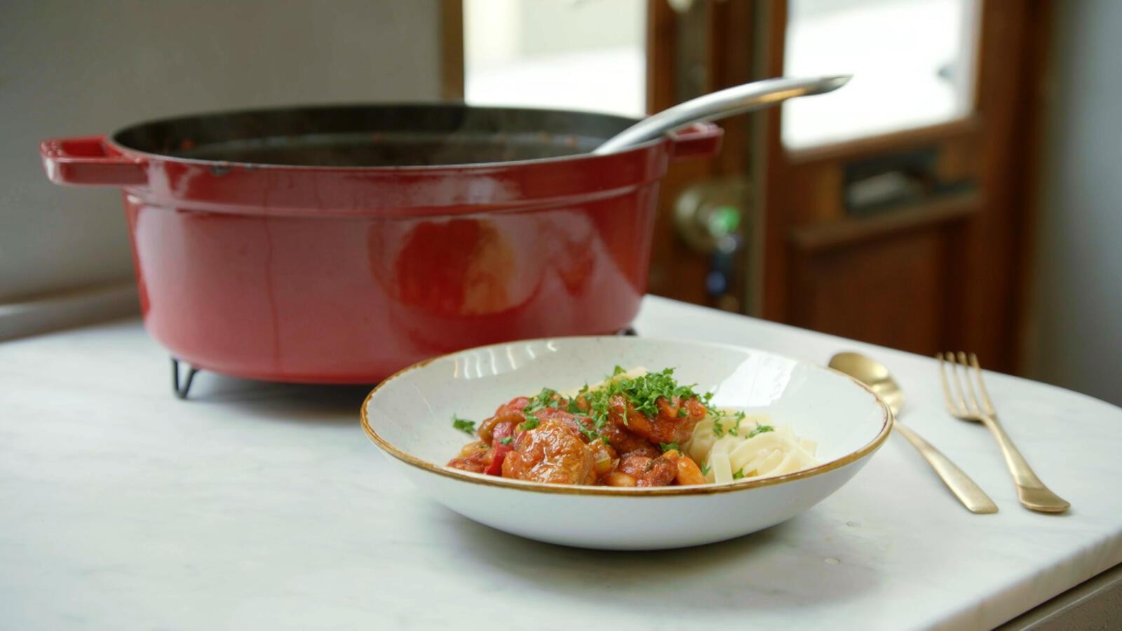 Ossobuco met witte bonen en pasta