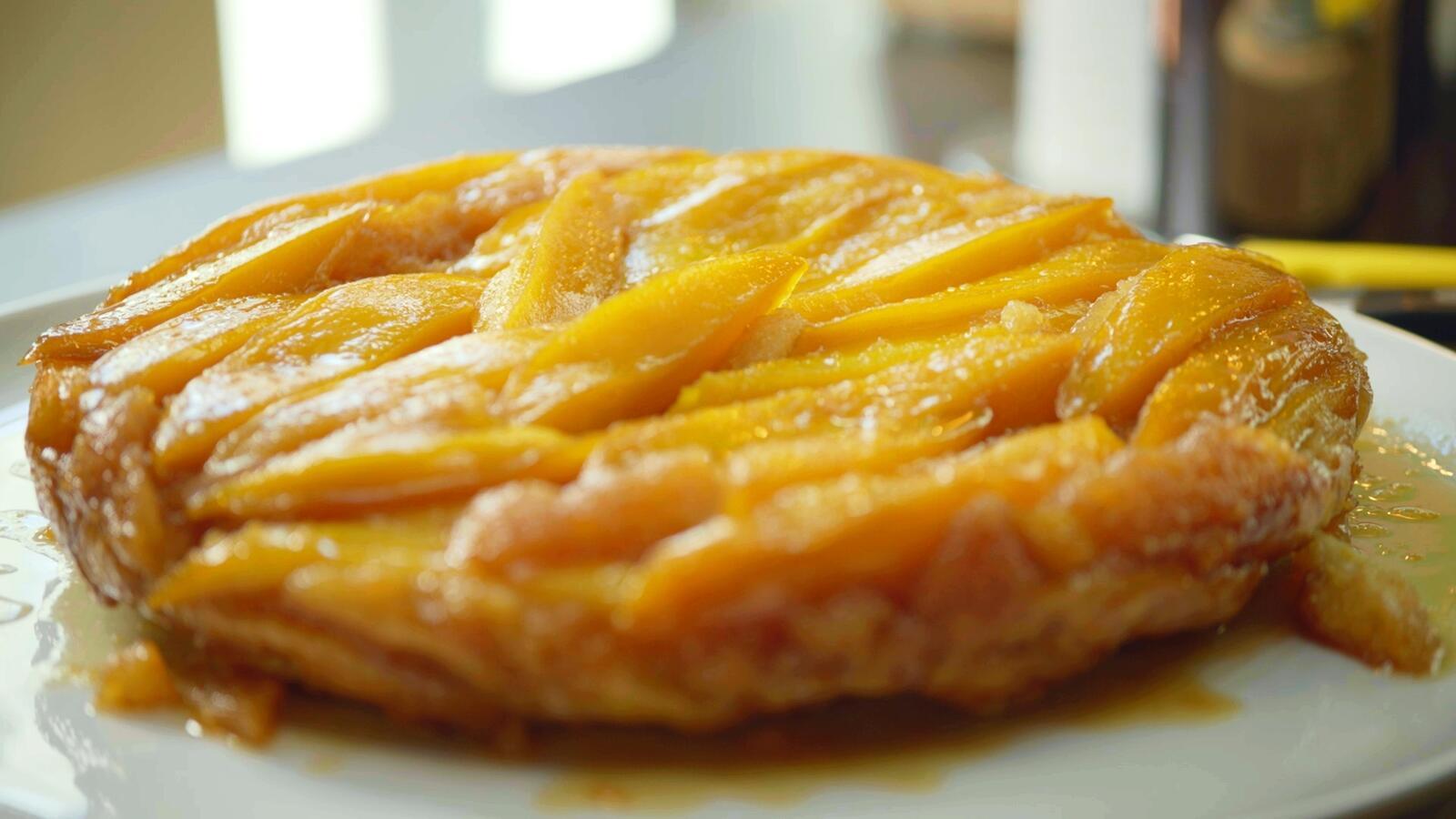 Tarte tatin van mango met kokoscrème
