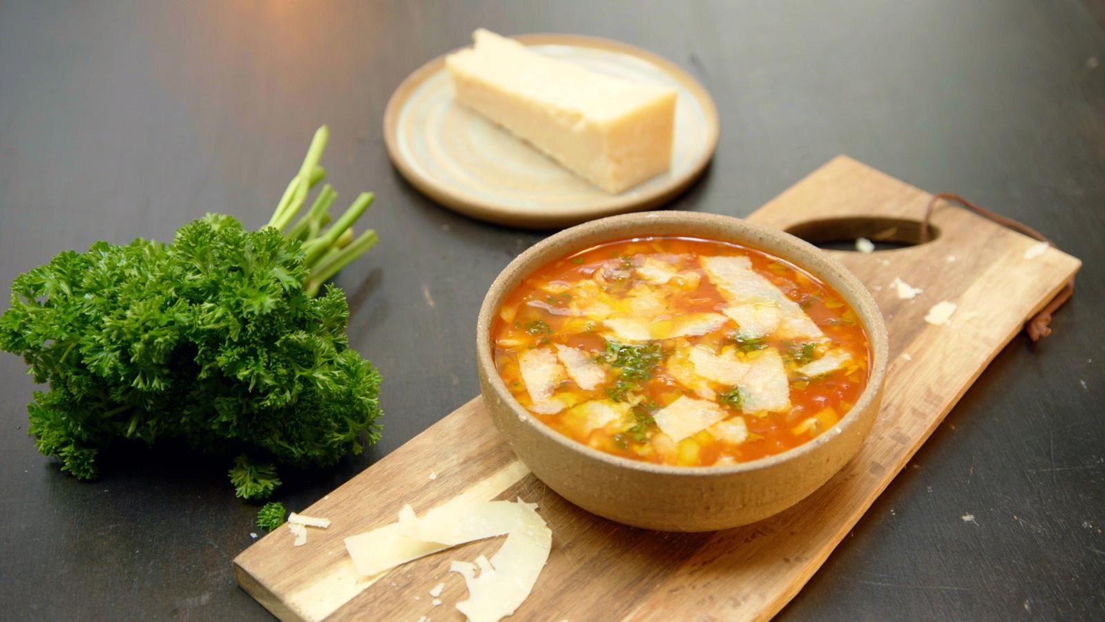 Tomatensoep met pancetta en champignons
