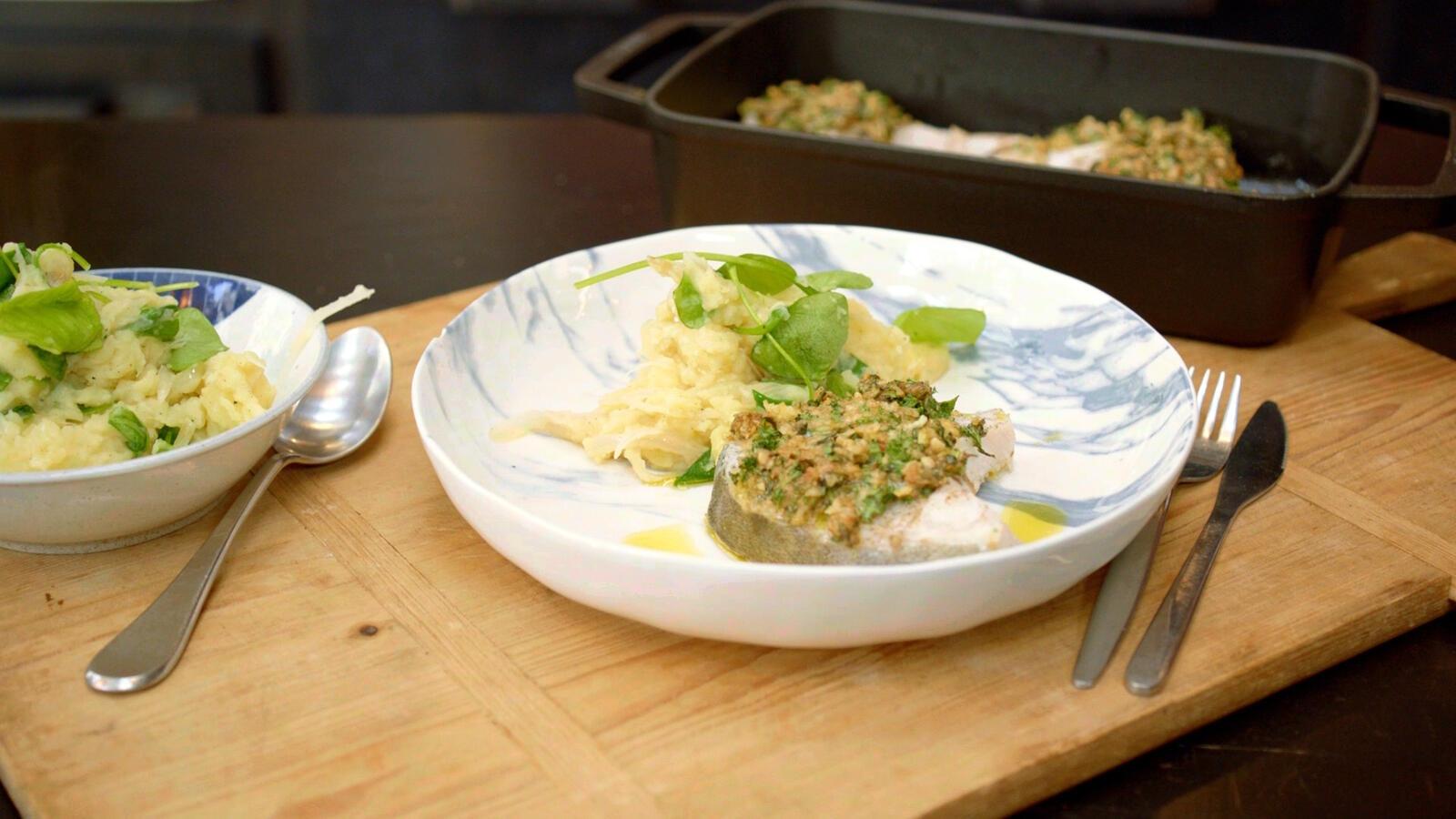 Vlaswijting met kruidenkorst, geplette aardappel en postelein